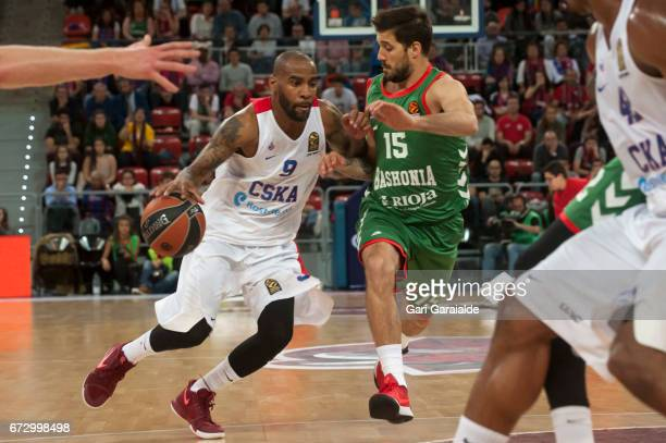 CSKA's American guard Aaron Jackson vies with Baskonia's Italian guard Nicolas Laprovittola during the Turkish Airlines Euroleague Basketball Playoff...