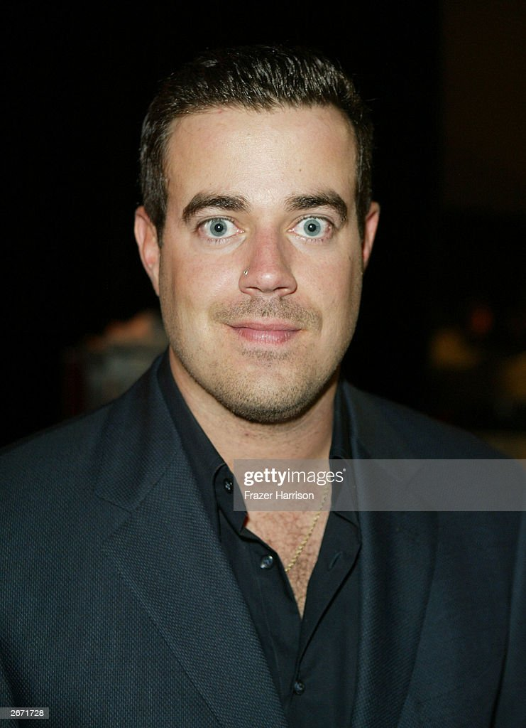 MTV's Carson Daly poses backstage at the 2003 Radio Music Awards at the Aladdin Hotel and Casino, October 27, 2003 in Las Vegas, Nevada.