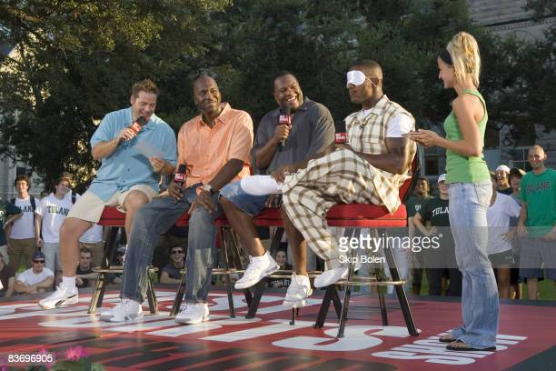 BDSSP's Chris Rose John Salley and Rodney Peete wait for blindfolded New Orleans Saints Joe Horn to guess what traditional New Orleans food was just...