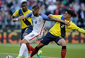 USA's Clint Dempsey passes the ball for teammate Gyasi Zardes to score against Ecuador during their Copa America Centenario football tournament...