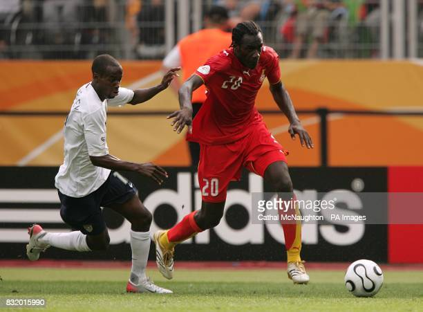 USA's DaMarcus Beasley and Ghana's Otto Addo