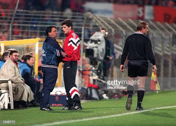 ENGLAND's DAVID PLATT ENGLAND LOST THE MATCH 20 AND WERE EFFECTIVELY ELIMINATEDFROM QUALIFYING FOR THE 1994 WORLD CUP Mandatory Credit Shaun...