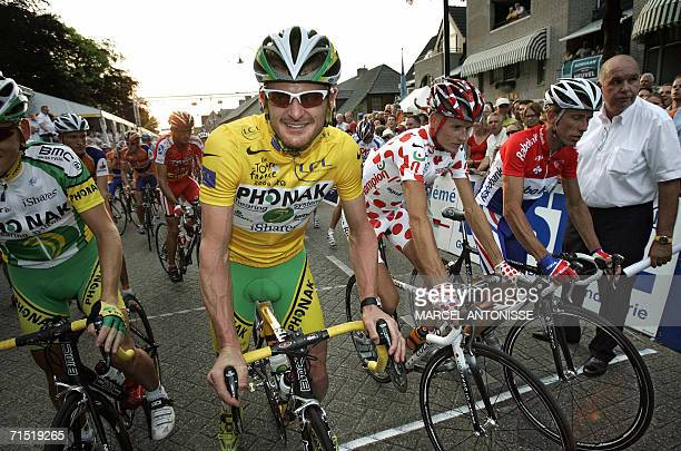 USA's Floyd Landis the winner of the 2006 Tour de France of 2006 smiles while competing in the Stiphout Professional Tour cycling event late 25 July...