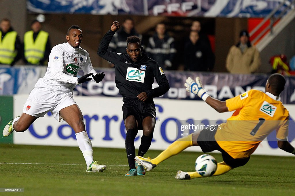 CAB's forward Alassane N'Diaye shoots and scores a goal during the French football Cup match CA Bastia (CAB) vs Brest (SB29) at the Armand Cesari stadium in Bastia, French Mediterranean island of Corsica, on January 23, 2013. AFP PHOTO / PASCAL POCHARD-CASABIANCA
