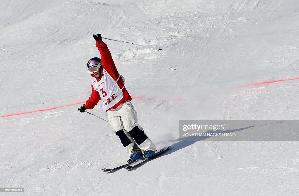 USA's Heather Mcphie reacts after crossing the finish line to win the women's Moguls event at the FIS Freestyle World Cup in Are, Sweden on March 15, 2013.