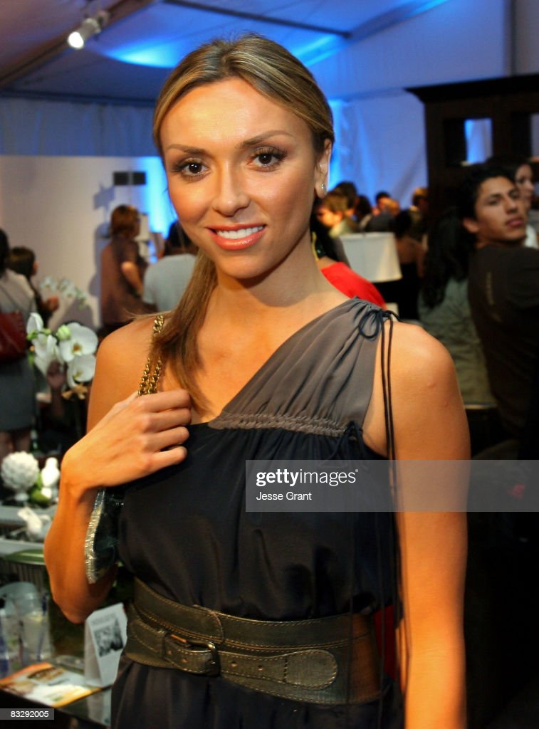 E!'s Juliana Rancic attends the Spring 2009 Mercedes-Benz Fashion Week held at Smashbox Studios on October 14, 2008 in Culver City, California.