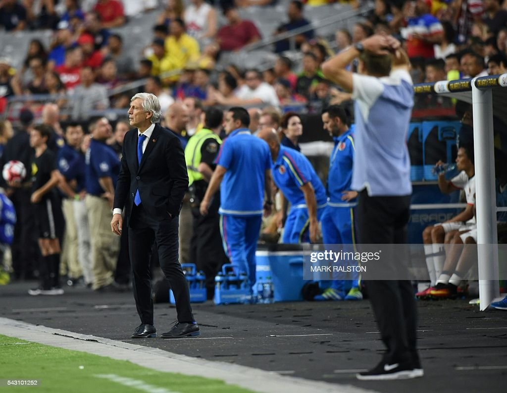 USA's Jurgen Klinsmann (R) gestures next to Colombia's coach Jose Pekerman during the Copa America Centenario third place football match in Glendale, Arizona, United States, on June 25, 2016. / AFP / Mark RALSTON