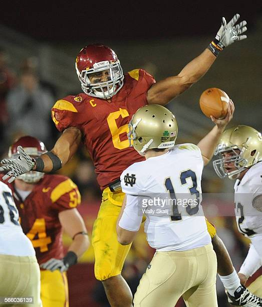 USC's Malcolm Smith tries to knock down a pass by Notre Dame quarterback Tommy Rees in the 2nd quarter at the Coliseum Saturday