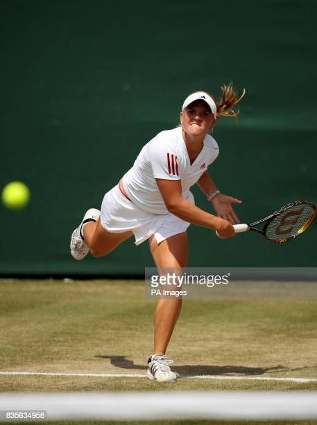 USA's Melanie Oudin in action against Serbia's Jelena Jankovic during the 2009 Wimbledon Championships at the All England Lawn Tennis and Croquet...