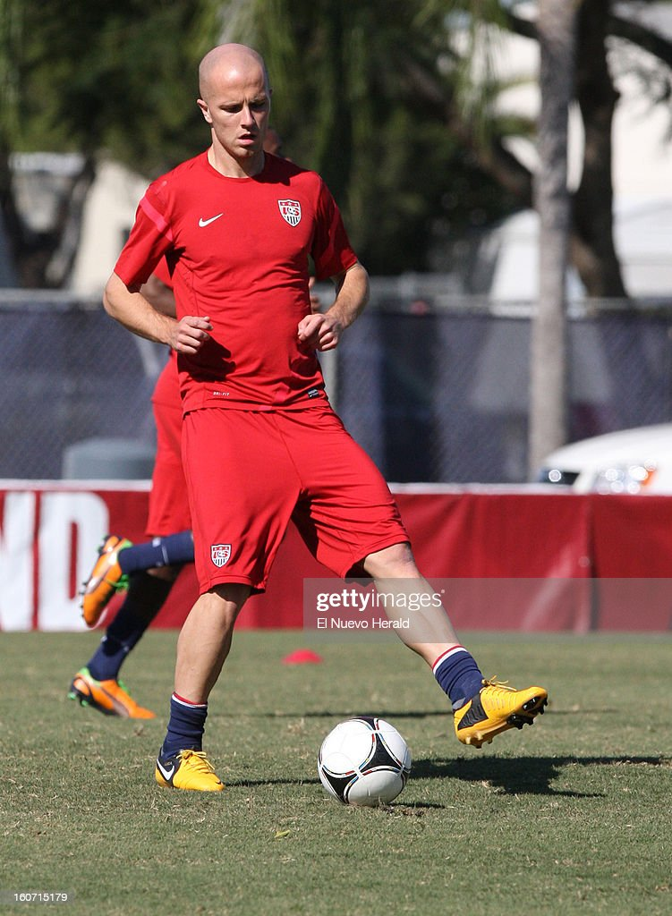 U.S.'s Michael Bradley works out during practice at Florida International University in Miami, Florida, Monday, February 4, 2013.