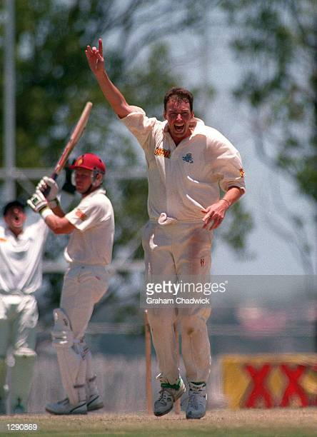 IT's NOT TO BE AS ENGLAND TAKE ON QUEENSLAND ON THE 4TH DAY OF 4 IN TOOWOOMBA AUSTRALIA Mandatory Credit Graham Chadwick/ALLSPORT