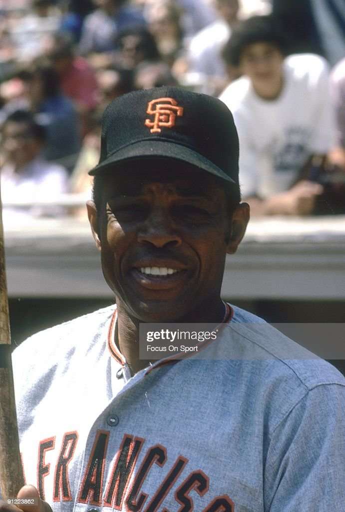 Outfielder Willie Mays #24 of the San Francisco Giants looks into the camera for this photo ... Show more - s-outfielder-willie-mays-of-the-san-francisco-giants-looks-into-the-picture-id91223862