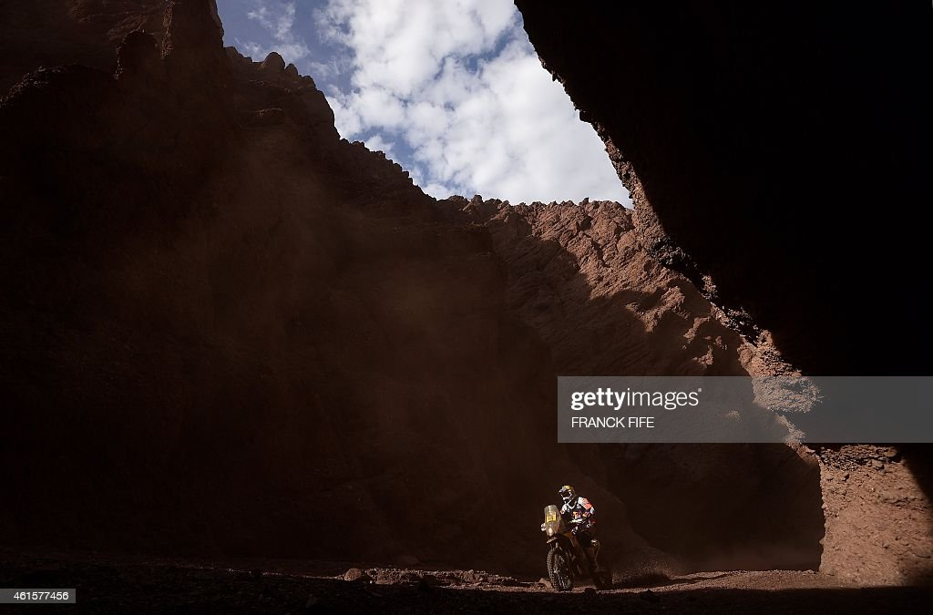 KTM's Portuguese rider <a gi-track='captionPersonalityLinkClicked' href=/galleries/search?phrase=Ruben+Faria&family=editorial&specificpeople=2092898 ng-click='$event.stopPropagation()'>Ruben Faria</a> competes during the Stage 11 of the Dakar 2015 between Salta and Termas de Rio Hondo, Argentina, on January 15, 2015. AFP PHOTO / FRANCK FIFE
