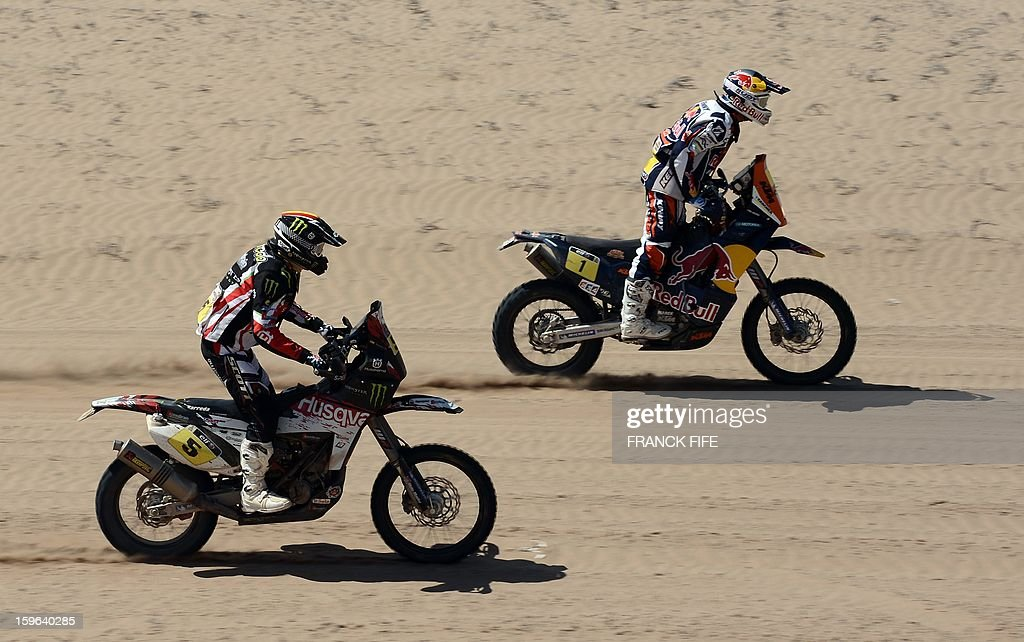 KTM's rider Cyril Despres (R) of France and Husqvarna's Joan Barreda Bort of Spain compete during the Stage 12 of the Dakar 2013 between Fiambala, Argentina and Copiapo, Chile, on January 17, 2013. The rally takes place in Peru, Argentina and Chile between January 5 and 20.