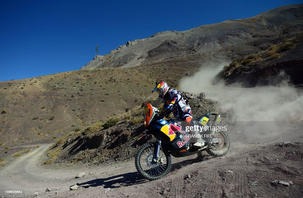 KTM's rider Cyril Despres of France competes during the Stage 12 of the Dakar 2013 between Fiambala, Argentina and Copiapo, Chile, on January 17, 2013. The rally takes place in Peru, Argentina and Chile between January 5 and 20. AFP PHOTO / FRANCK FIFE