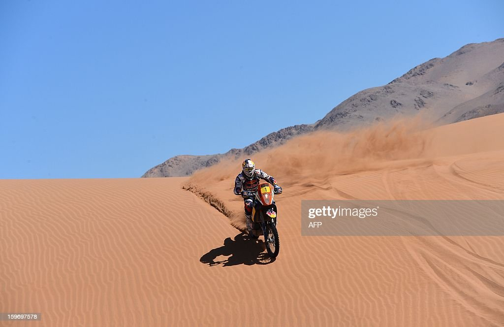 KTM's rider Cyril Despres of France competes in the Stage 13 of the 2013 Dakar Rally between Copiapo and La Serena, in Chile, on January 18, 2013. The rally is taking place in Peru, Argentina and Chile from January 5 to 20. AFP PHOTO / JACKY NAEGELEN / POOL