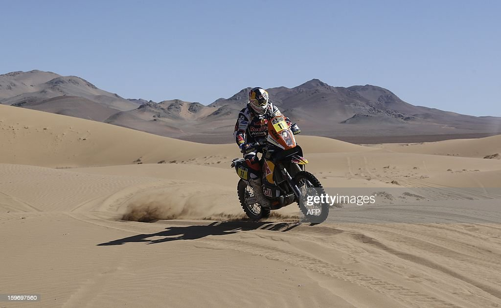 KTM's rider Ruben Faria of Portugal competes in the Stage 13 of the 2013 Dakar Rally between Copiapo and La Serena, in Chile, on January 18, 2013. The rally is taking place in Peru, Argentina and Chile from January 5 to 20. AFP PHOTO / JACKY NAEGELEN / POOL
