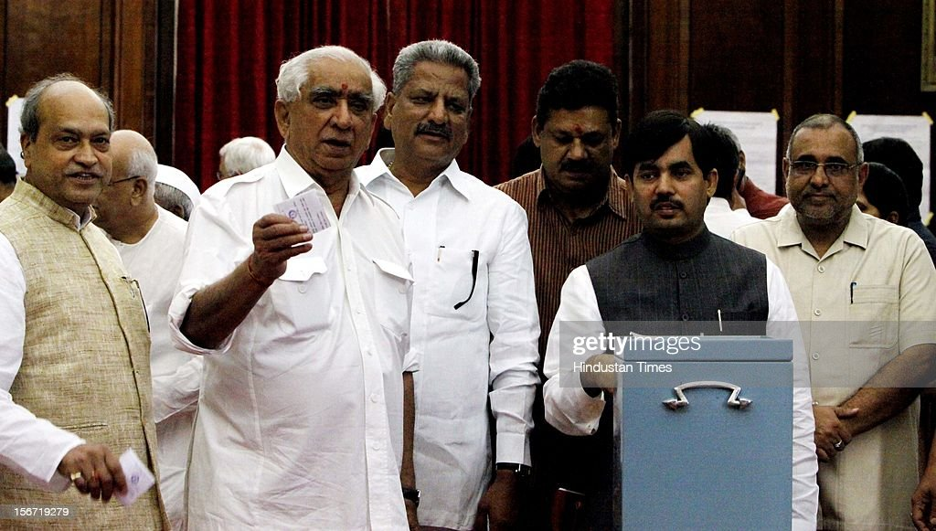 'NEW DELHI, INDIA - AUGUST 7: NDA's Vice Presidential candidate Jaswant Singh along with Mp's casting vote for the election of Vice President at Parliament house on August 7, 2012 in New Delhi, India. (Photo by Sunil Saxena/Hindustan Times via Getty Images)'