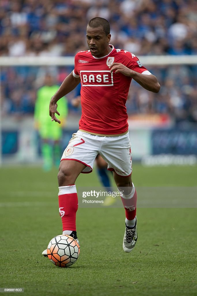 s07 Matthieu Dossevi midfielder of Standard Liege during the Jupiler Pro League match between Club Brugge and Standard de Liege at the Jan Breyden...