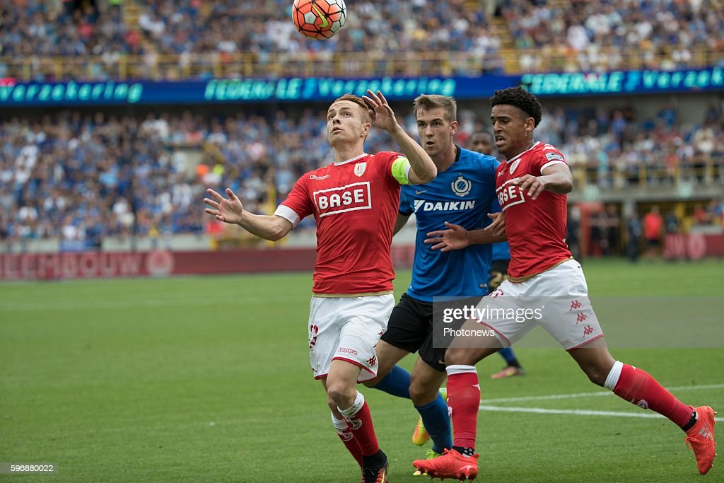 s23 Adrien Trebel midfielder of Standard Liege b04 Bjorn Engels defender of Club Brugge during the Jupiler Pro League match between Club Brugge and...
