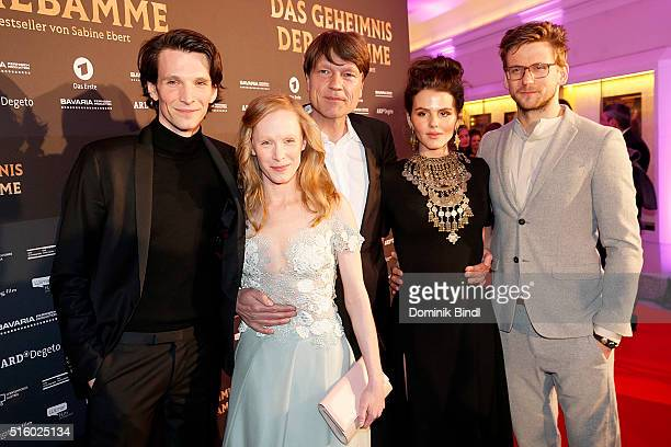 Sabin Tambrea Susanne Wuest Roland Suso Richter Ruby O Fee and Steve Windolf attend the Premiere of 'Das Geheimnis der Hebamme' at Gloria Palast on...