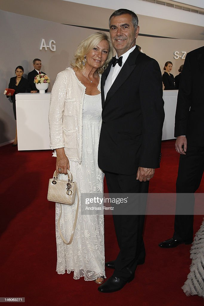 <a gi-track='captionPersonalityLinkClicked' href=/galleries/search?phrase=Sabine+Christiansen&family=editorial&specificpeople=745234 ng-click='$event.stopPropagation()'>Sabine Christiansen</a> and Norbert Medus attend the Rosenball at Hotel Intercontinental on June 9, 2012 in Berlin, Germany.