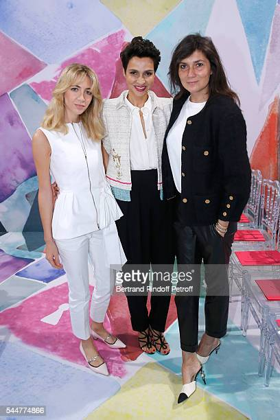 Sabine Getty Ambassador of the house Schiaparelli Farida Khelfa Seydoux and journalist Emmanuelle Alt attend the Schiaparelli Haute Couture...