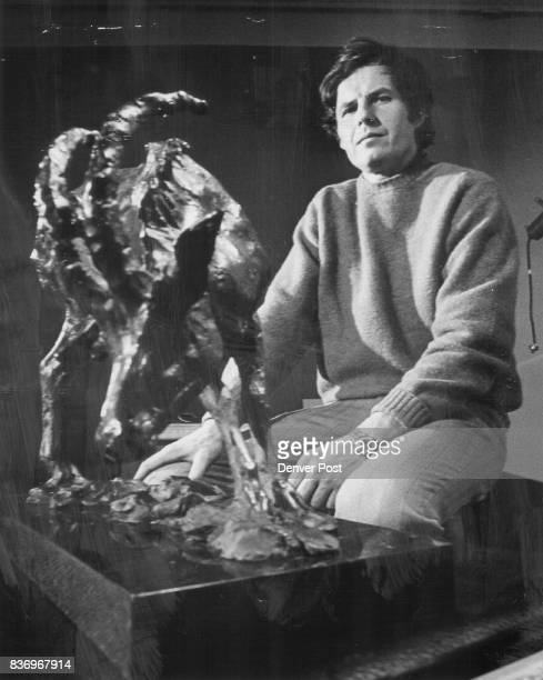 MAR 25 1971 MAR 31 1971 APR 4 1971 'Sable Antelope' a prizewinning bronze by artist Kenneth Bunn of Arvada is one of 24 bronzes and 15 paintings on...