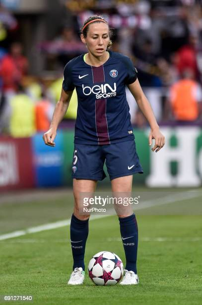 Sabrina Delannoy of Paris SaintGermain during the UEFA Women's Champions League Final between Lyon Women and Paris Saint Germain Women at the Cardiff...