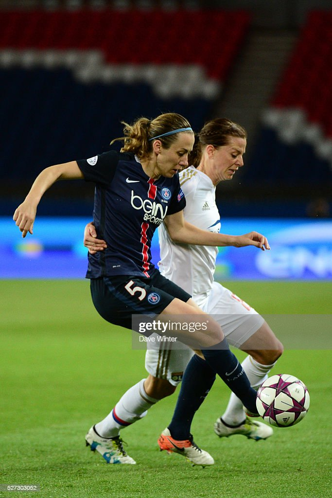 Sabrina Delannoy of PSG and Lotta Schelin of Lyon during the Uefa Women's Champions League match, semi-final, second leg, between Paris Saint Germain and Olympique Lyonnais at Parc des Princes on May 2, 2016 in Paris, France.