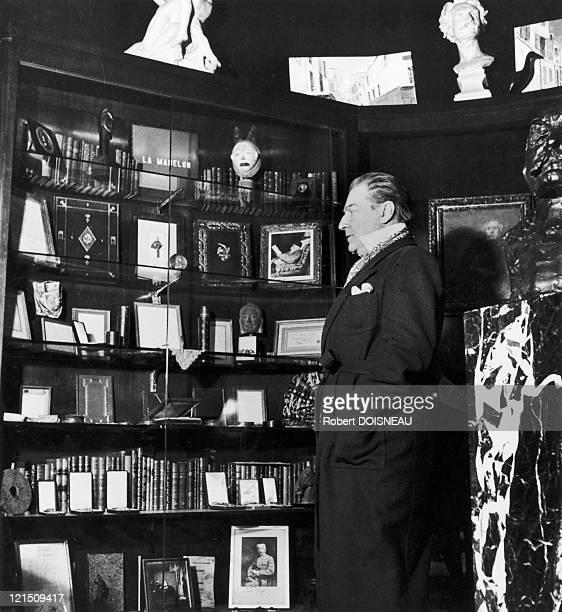 Sacha Guitry 1945