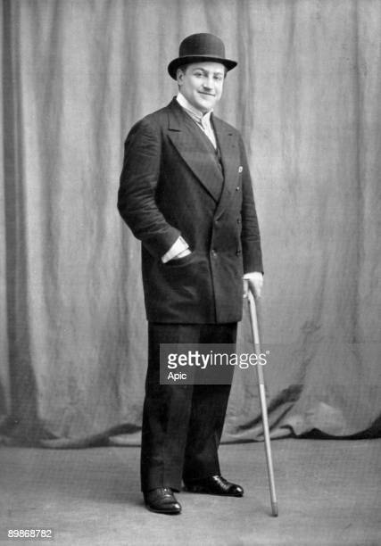 Sacha Guitry french actor and director 1912