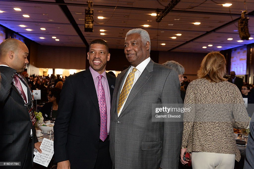 Sacramento Mayor, <a gi-track='captionPersonalityLinkClicked' href=/galleries/search?phrase=Kevin+Johnson+-+Politician&family=editorial&specificpeople=12777886 ng-click='$event.stopPropagation()'>Kevin Johnson</a> and NBA Legend, Oscar Robinson attend the NBA Legends Brunch as part of NBA All-Star 2016 on February 14, 2016 in Toronto, Ontario Canada.