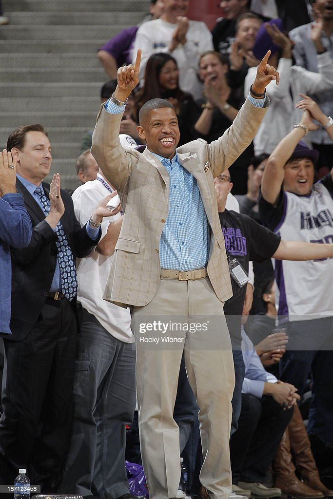 Sacramento Mayor Kevin Johnson celebrates from the sideline as the Sacramento Kings take on the Atlanta Hawks at Sleep Train Arena on November 5, 2013 in Sacramento, California.