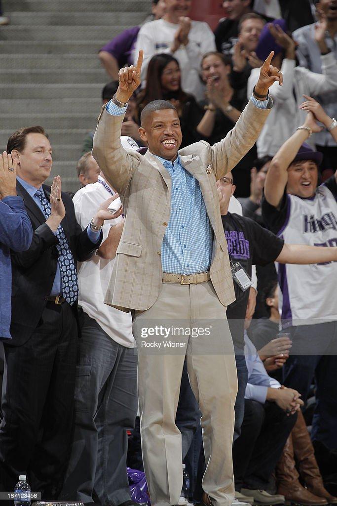 Sacramento Mayor Kevin Johnson celebrates from the sideline as the Sacramento Kings take on the Atlanta Hawks at Sleep Train Arena on November 5, 2013 in Sacramento, California.