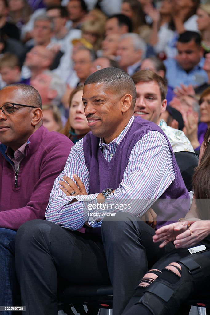 Sacramento mayor <a gi-track='captionPersonalityLinkClicked' href=/galleries/search?phrase=Kevin+Johnson+-+Politician&family=editorial&specificpeople=12777886 ng-click='$event.stopPropagation()'>Kevin Johnson</a> looks on during the game between the Oklahoma City Thunder and Sacramento Kings on April 9, 2016 at Sleep Train Arena in Sacramento, California.