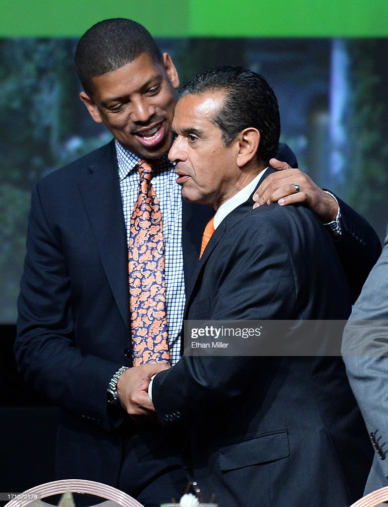 Sacramento Mayor Kevin Johnson (L) talks with Los Angeles Mayor <a gi-track='captionPersonalityLinkClicked' href=/galleries/search?phrase=Antonio+Villaraigosa&family=editorial&specificpeople=178925 ng-click='$event.stopPropagation()'>Antonio Villaraigosa</a> at the 81st annual U.S. Conference of Mayors at the Mandalay Bay Convention Center on June 21, 2013 in Las Vegas, Nevada. U.S. Vice President Joe Biden spoke at the conference addressing about 150 mayors from across the country on issues including the economy, immigration reform and gun violence.