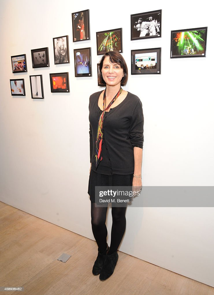 <a gi-track='captionPersonalityLinkClicked' href=/galleries/search?phrase=Sadie+Frost&family=editorial&specificpeople=201927 ng-click='$event.stopPropagation()'>Sadie Frost</a> attends the 'Art On A Postcard' auction in aid of The Hepatitis C Trust at Whitfield Fine Art on November 13, 2014 in London, England.