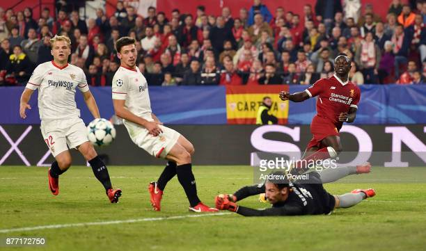Sadio Mane of Liverpool comes close to scoring during the UEFA Champions League group E match between Sevilla FC and Liverpool FC at Estadio Ramon...