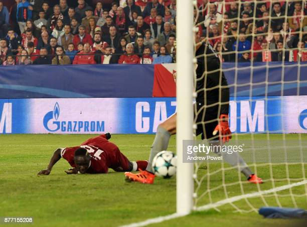 Sadio Mane of Liverpool scores the second goal during the UEFA Champions League group E match between Sevilla FC and Liverpool FC at Estadio Ramon...