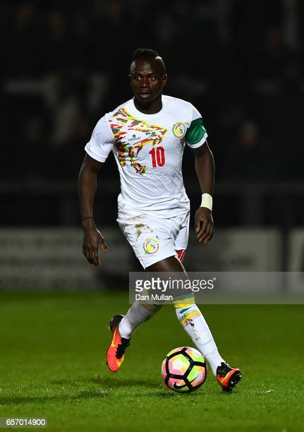 Sadio Mane of Senegal runs with the ball during the International Friendly match between Nigeria and Senegal at The Hive on March 23 2017 in Barnet...