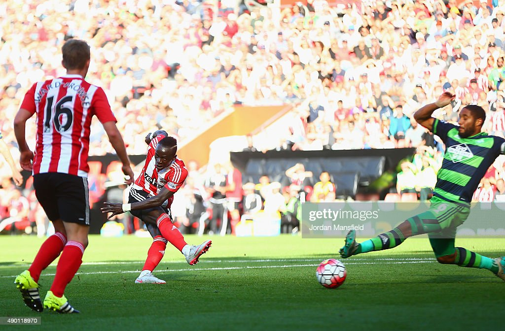 Sadio Mane of Southampton scores his team's third goal during the Barclays Premier League match between Southampton and Swansea City at St Mary's Stadium on September 26, 2015 in Southampton, United Kingdom.