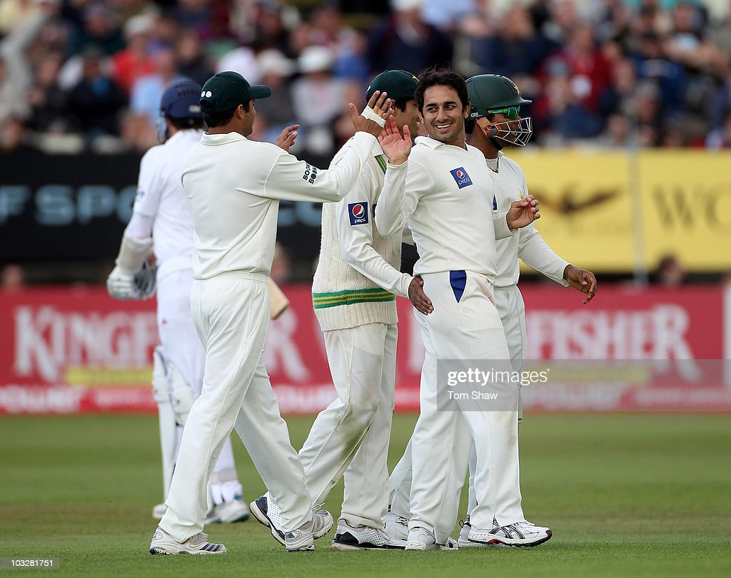 <a gi-track='captionPersonalityLinkClicked' href=/galleries/search?phrase=Saeed+Ajmal&family=editorial&specificpeople=2247219 ng-click='$event.stopPropagation()'>Saeed Ajmal</a> of Pakistan celebrates after taking the wicket of Graeme Swann of England during day two of the 2nd npower Test Match between England and Pakistan at Edgbaston on August 7, 2010 in Birmingham, England.