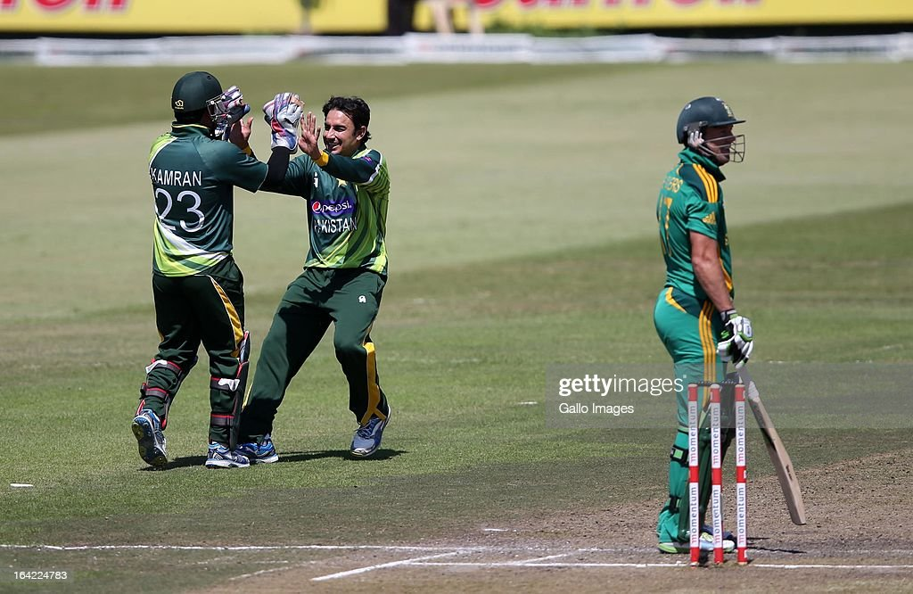 <a gi-track='captionPersonalityLinkClicked' href=/galleries/search?phrase=Saeed+Ajmal&family=editorial&specificpeople=2247219 ng-click='$event.stopPropagation()'>Saeed Ajmal</a> of Pakistan celebrates the wicket of David Miller of South Africa during the 4th Momentum ODI match between South Africa and Pakistan from Sahara Stadium Kingsmead on March 21, 2013 in Durban, South Africa.