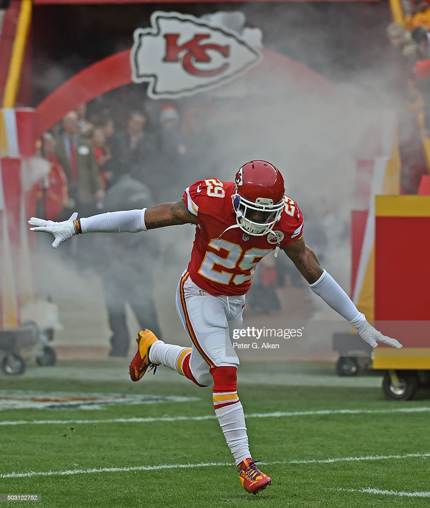 Safety <a gi-track='captionPersonalityLinkClicked' href=/galleries/search?phrase=Eric+Berry+-+American+Football+Player&family=editorial&specificpeople=4501099 ng-click='$event.stopPropagation()'>Eric Berry</a> #29 of the Kansas City Chiefs reacts after being introduced prior to a game against the Cleveland Browns on December 27, 2015 at Arrowhead Stadium in Kansas City, Missouri.