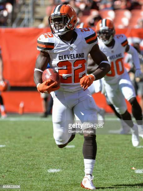 Safety Jabrill Peppers of the Cleveland Browns returns a punt in the fourth quarter of a game on October 1 2017 against the Cincinnati Bengals at...