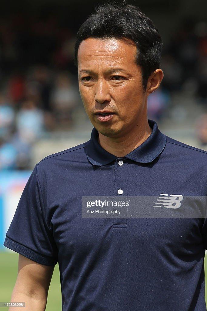Sagan Tosu head coach Hitoshi Morishita looks on prior to the J.League match between Shimizu S-Pulse and Sagan Tosu at IAI Stadium Nihondaira on May 6, 2015 in Shizuoka, Japan.
