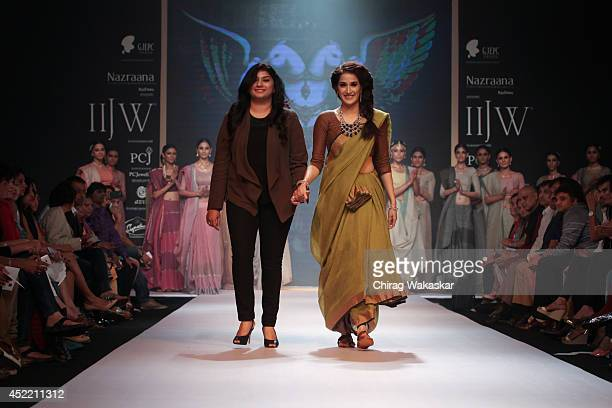 Sagarika Ghatge walks the runway at the Ganjam show during day 2 of the India International Jewellery Week 2014 at grand Hyatt on July 15 2014 in...