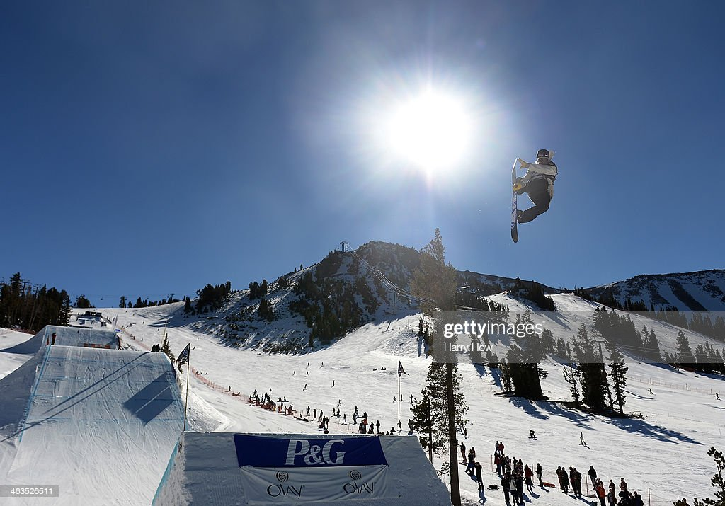 <a gi-track='captionPersonalityLinkClicked' href=/galleries/search?phrase=Sage+Kotsenburg&family=editorial&specificpeople=6711370 ng-click='$event.stopPropagation()'>Sage Kotsenburg</a> competes to a first place finish during the Men's Slopestyle Final U.S. Olympic Qualification #5 at the 2014 Sprint U.S. Snowboarding Grand Prix at Mammoth Mountain Resort on January 18, 2014 in Mammoth, California.
