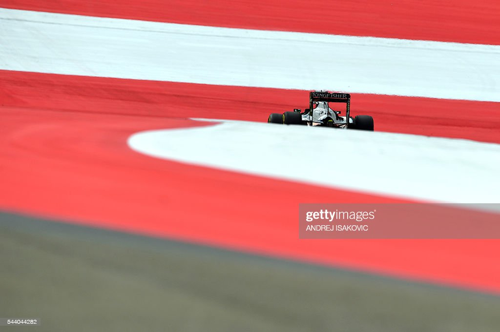 Sahara Force India F1 Team's German driver Nico Hulkenberg drives during the first practice session of the Formula One Grand Prix of Austria at the Red Bull Ring in Spielberg, Austria on July 1, 2016. / AFP / ANDREJ